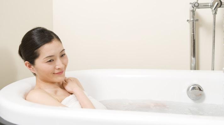 「風邪を引いたらお風呂に入るな」は、もう古い?