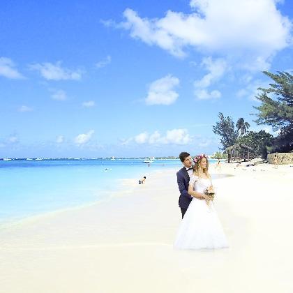 8月1日はリゾ婚の日! アンジャッシュ渡部が選ぶハワイの会場ベスト3とは? 結婚ソングカラオケランキングも♪