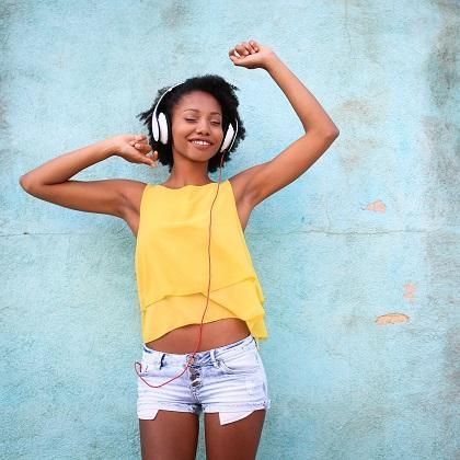 この夏、世界でもっとも聴かれた音楽とは? 日本国内ランキングも! ~Spotify調べ