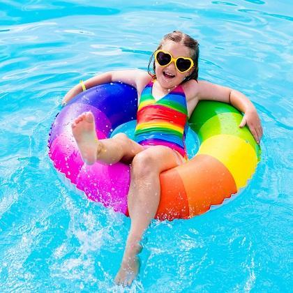 夏だ! プールだ! 世界各地のユニークなプールのある宿5選 ~ブッキングドットコム調べ